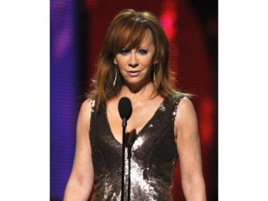Reba at the 2013 Grammy Awards